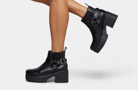 Axel Buckle Boots