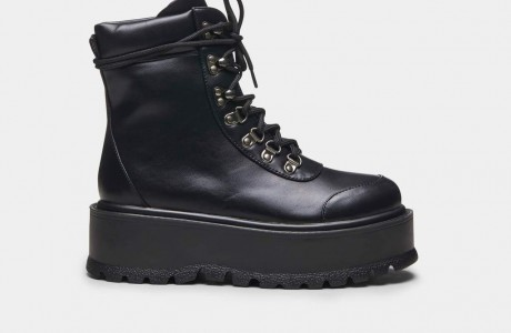Hydra All Black Matrix Boots