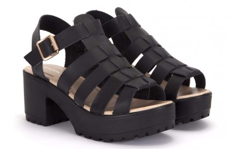 Sii Strappy Cleated Black